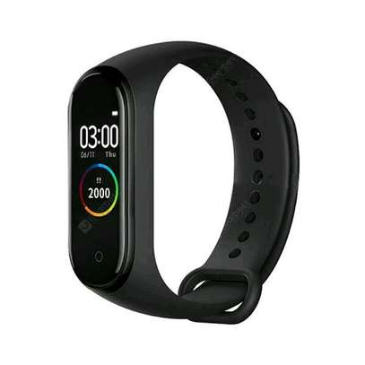 M4 SMART FITNESS TRACKER image 3