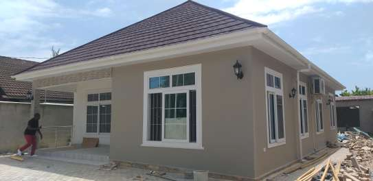 3BEDROOMS STANDALONE HOUSE 4RENT AT MIKOCHENI image 10