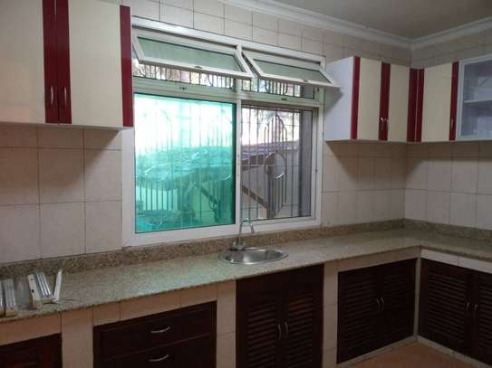10bed  house at mikocheni a mwinyi area is available image 11