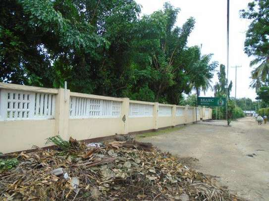 4bed house for rent at mlimani city tsh 3,000,000 image 7