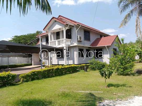 5 BDRM HOUSE NEAR DON BOSCO ADA ESTATE image 1