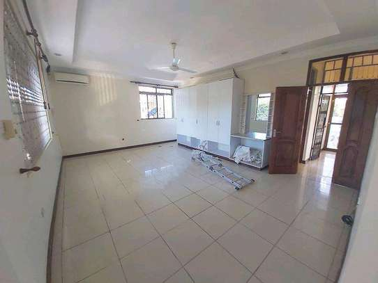4 bedrooms house at masaki image 3