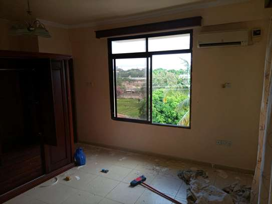 3 Bedrooms apart for rent at masaki image 7