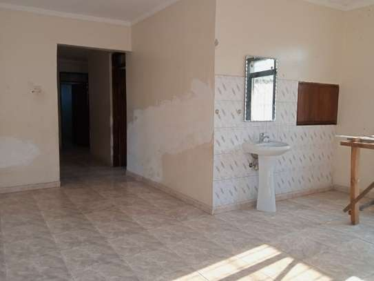 4bed house  ideal for office at block 41 tsh 1,000,000 image 2