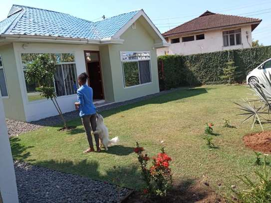 2bed small house for sale at mikocheni tsh200ml bomba image 1