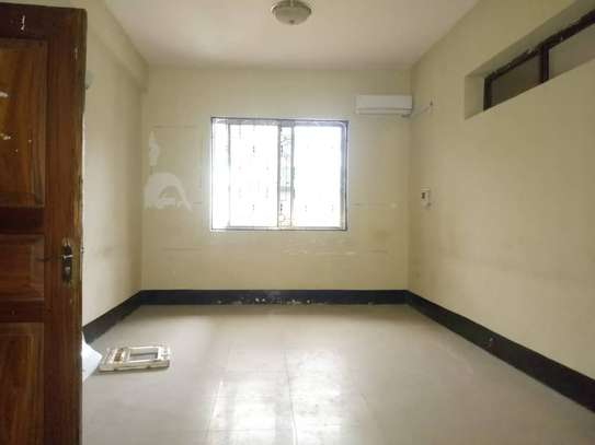 8bed house  at mikocheni a near main rd with big compound image 4