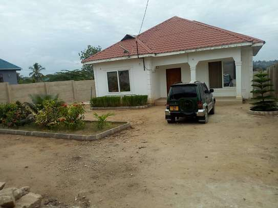 3 bed room house for sale at bunju b image 1
