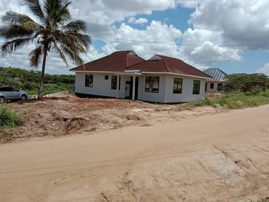 3 bed room house for sale  at goba image 8