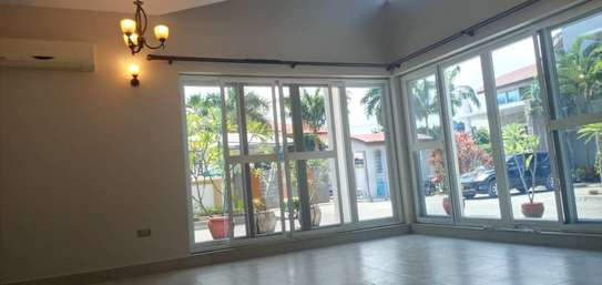 3 bed room house villa for rent at mbezi beach near round about white sand. image 3