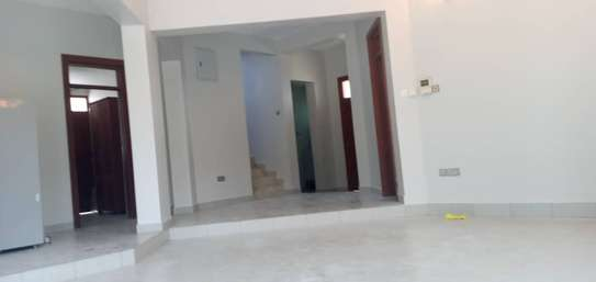 3 bed room house villa for rent at mbezi beach near round about white sand. image 7