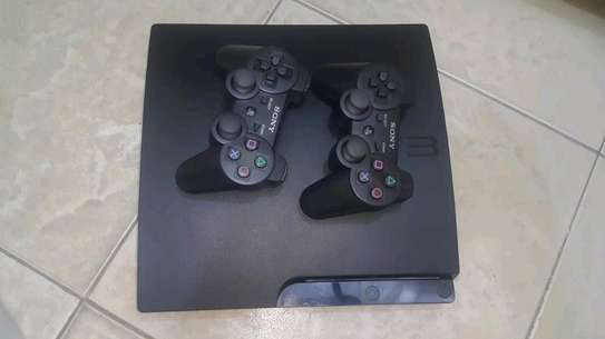 PS3 gaming device image 2