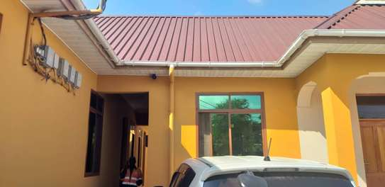 1 bed room studio for rent self container at kinondoni image 5