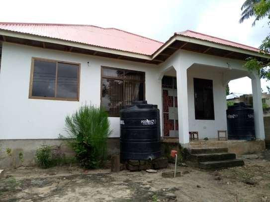 3 bed  house for sale tsh 45ml  at goba 2 km from the road, plot area sqm 400 image 7