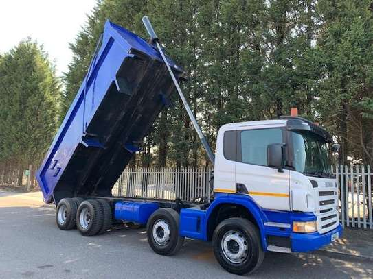 2011 Scania P360 8X4 TIPPER TSHS 110MILLION ON THE ROAD