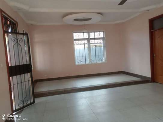 3bed house at mikocheni tsh 1,500,000 2bed all ensuite image 4