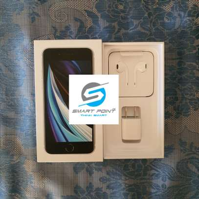 Used iPhone SE 2020 Excellent Condition Like New image 4