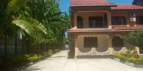 4  bed room house for rent at mikocheni house shared compound image 1