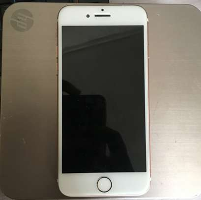 iPhone 7  128GB - 96% Battery