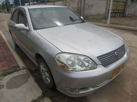 2001 Toyota Mark II