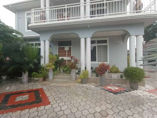 4 bed room house for sale at mbezi beach kwa zena kawawa image 4