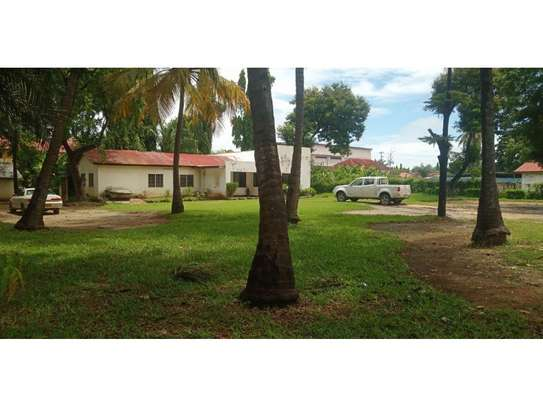 small house with big compound at mikocheni i deal for office,yard $2000pm image 1