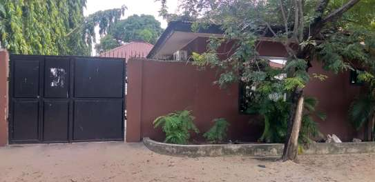 2BEDROOMS HOUSE 4RENT KINONDONI MOROKO image 9