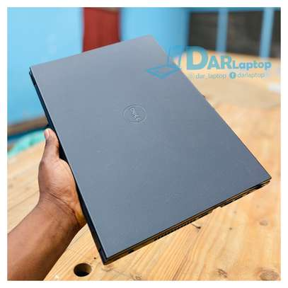 Dell inspiron 15 series image 3