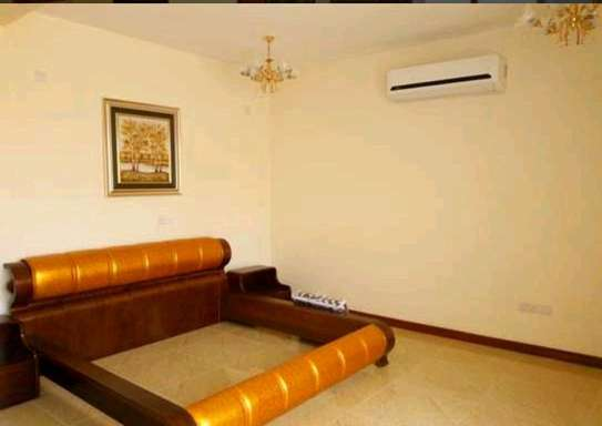 VILLA MBEZI BEACH FULL FURNISHED image 5
