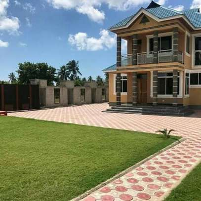 1 Storey 5 Bedrooms House for Sale, Kigamboni image 2