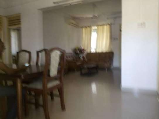 3bed apartment at alhassan mwinyird down town city centre tsh800000 image 2