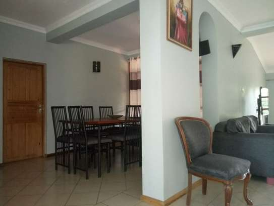 Nicely 4bedrm house in Ada estate $2000 image 4