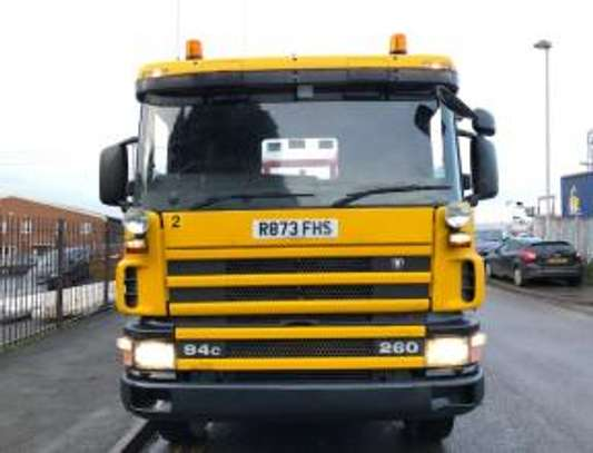 1998 Scania P94 260 6X4 FLATBED THS 91MILLION ON THE ROAD image 4