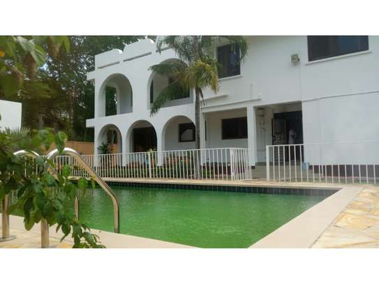 4 big house oom for rent at masaki