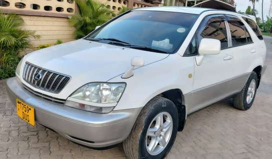 2001 Toyota Harrier image 14