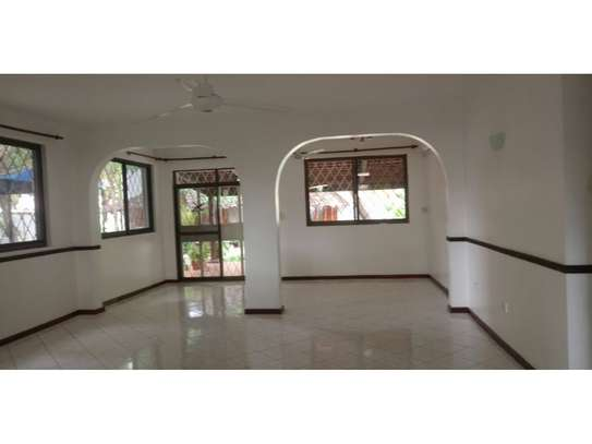 4 bed room house at masaki $4000pm image 4
