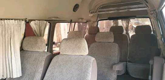 2000 Toyota Hiace Carrier image 8