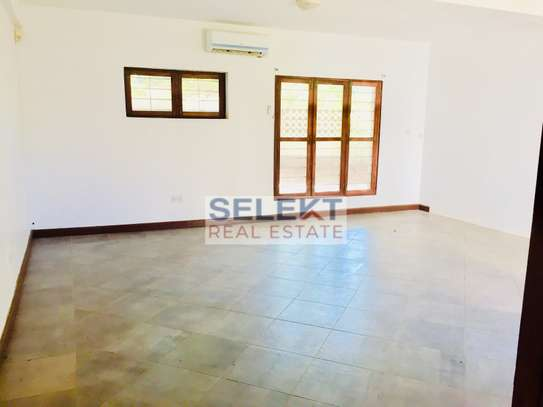 4 Bdrm Standalone with Swimming Pool in Masaki image 8