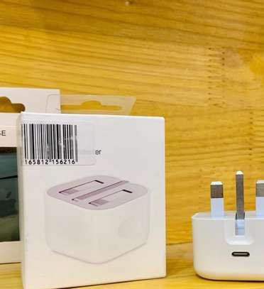 IPHONE USB POWER ADAPTER 20W image 3