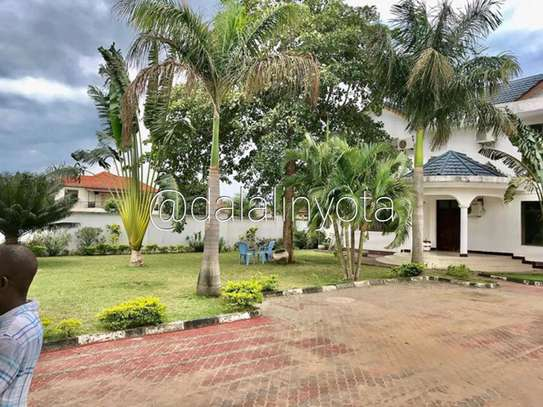 BEAUTIFUL HOUSE FOR RENT STAND ALONE image 8
