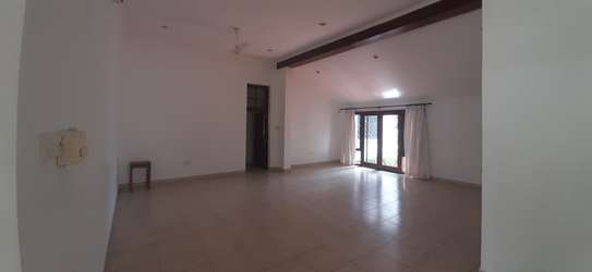 3 Bedroom House (Plus 2 Bdrm Guest Wing) For Rent In Oysterbay. image 11