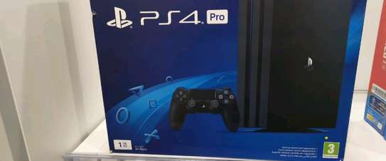 PS4 PRO 1TB GAMING CONSOLE