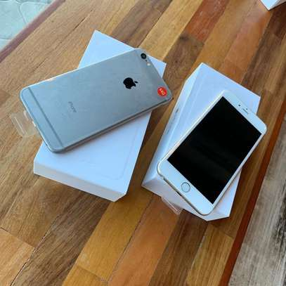 Silver_iPhone 6Plus image 1