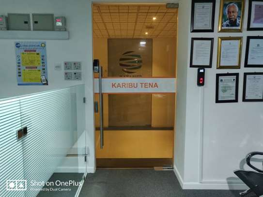 Office to let image 5