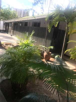7 Bdrm House Fully Furnished at Prime Area Kinondoni image 15