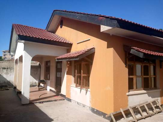 House for sale in makumbusho. image 2