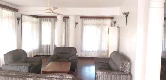 5BEDROOMS STANDALONE HOUSE 4RENT AT KAWE BEACH image 6