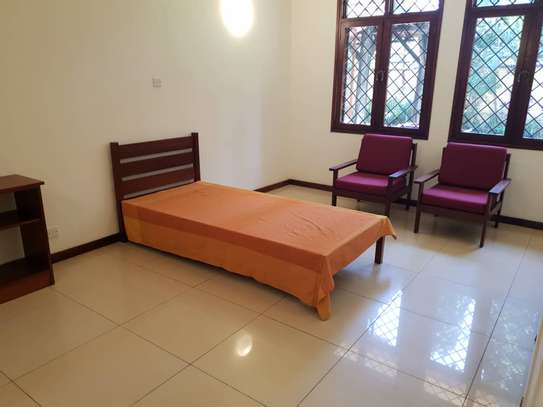 4 Bedrooms House With A Large Guest Wing For Rent in Masaki image 3