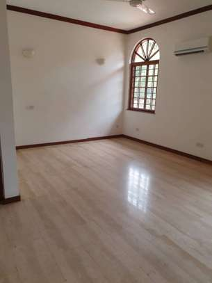 5bed executive house at masaki 410,000pm image 4