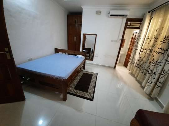 2 BEDROOMS CLASSIC APARTMENT FOR RENT image 3