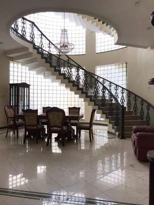 Villa for rent in Oysterbay image 2
